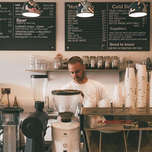 Varför ska man idag som småföretagare bygga en hemsida? 5 Viktigaste anledningarna till att skapa en hemsida om du driver ett mindre bolag.